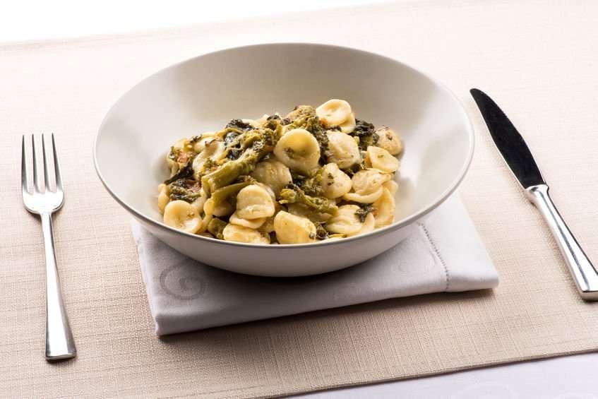 pasta-con-broccoli-e-acciughe-ricetta.